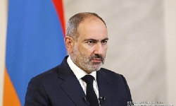 PM Nikol Pashinyan Signs Agreement with Russia, Azerbaijan to End Karabakh War